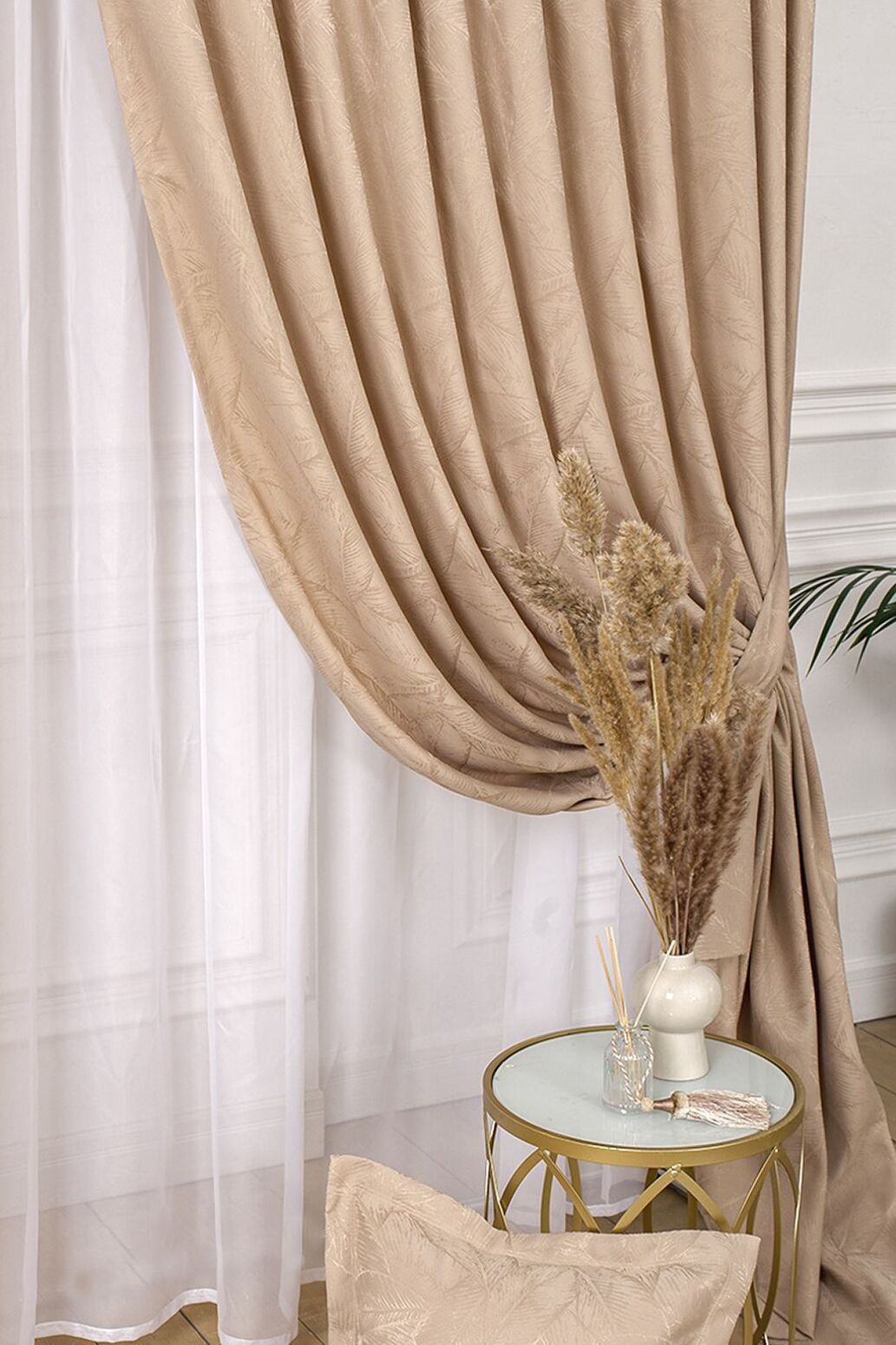 Как правильно выбрать шторы: разновидности, материалы, цветовая гамма и прочие нюансы